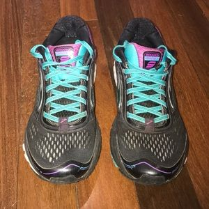 Women's Brooks Ghost Size 8 1/2